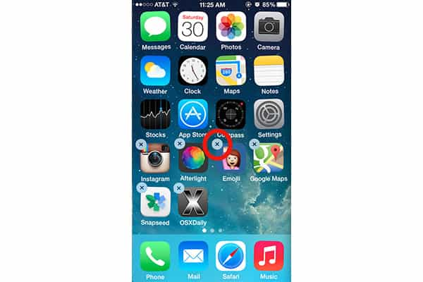 Iphone Home screen application delete